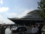 Kreuzfahrtschiff Prinsendam an der Schleuse in Brunsb�ttel